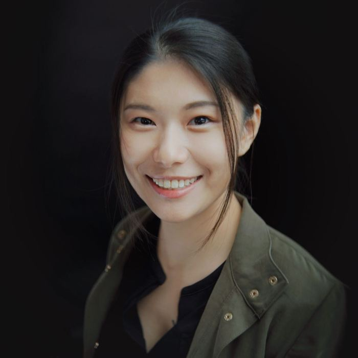 Qiyu Zhou Headshot